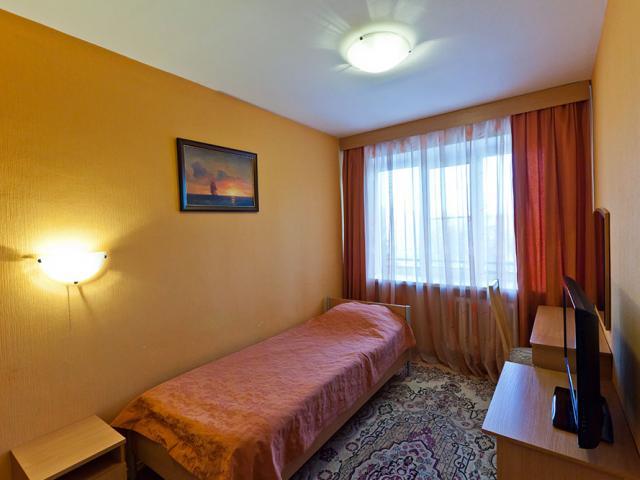Санаторий Волжанка, путевки, скидки. 3-комнатный номер.
